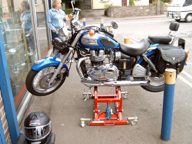 Motorcycle Pro Lift from Custom Cruisers