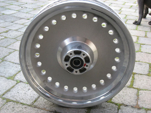 Used Harley Davidson Wheels >> Harley Davidson Front Wheel 07 Fat Boy Used