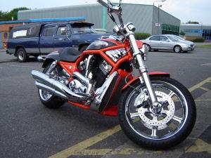Harley Davidson VRSC V Rod Street Night CLICK 4 MORE