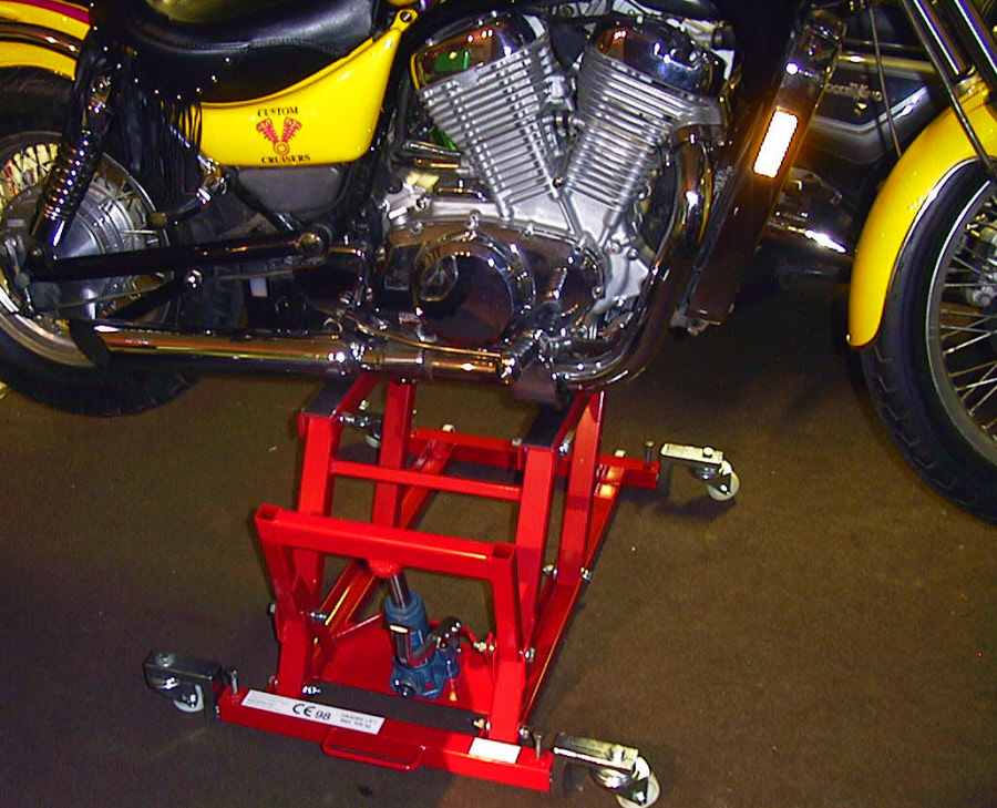 Motorcycle Rear Tire >> Motorcycle Pro Lift Cruiser Lift Haade Harley Davidson and Japanese bikes from Custom Cruisers
