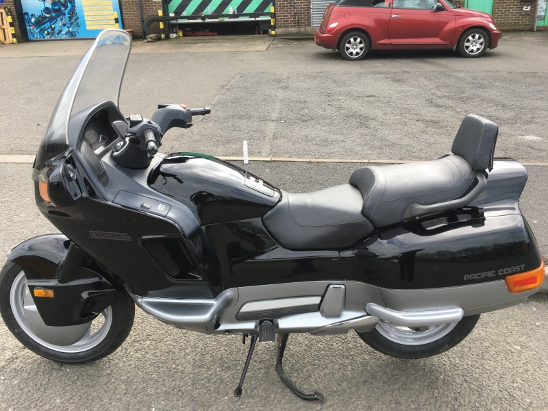 Honda Pacific Coast >> Honda Pc800 Pacific Coast Motorcycle Low Miles Sold May Be More Call 01773835666