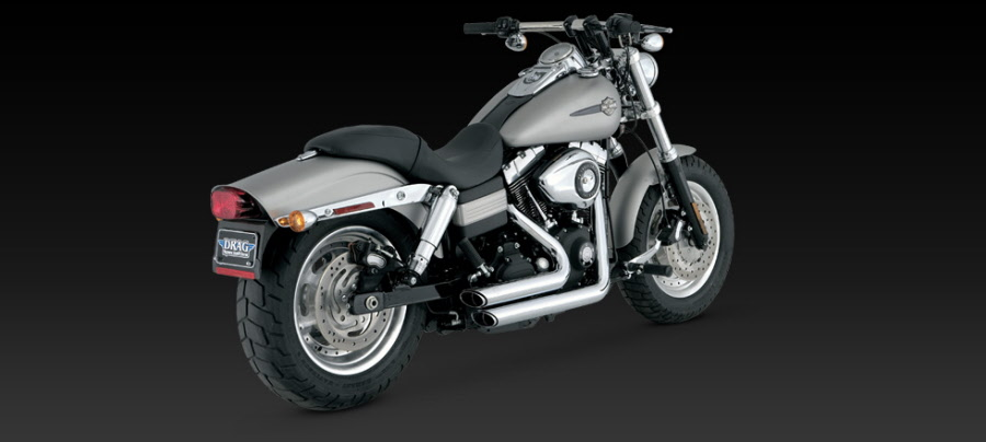 Harley Davidson DYNA 06- Up SHORTSHOTS STAGGERED Exhaust Vance and Hines  Cat No 17217
