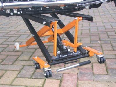 Triumph America Bike Lifts
